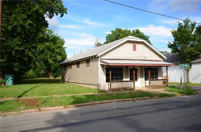 Photo of 1129 S Montgomery Street  Sherman  TX