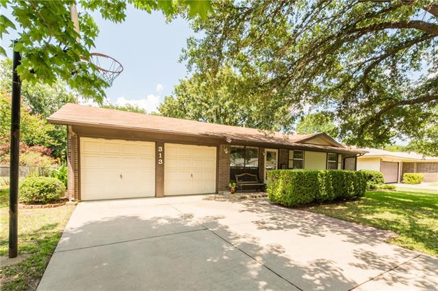 Photo of 313 Stefanie Street  Burleson  TX