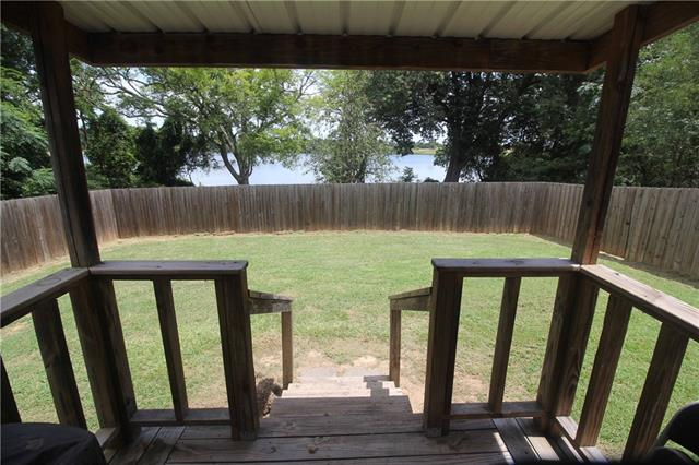 Photo of 833 County Road 4844  Mount Pleasant  TX