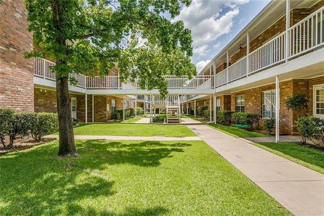 Photo of 8511 Westover Court  Granbury  TX