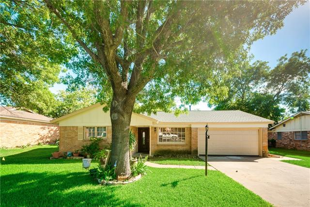 Photo of 357 Bellvue Drive  Fort Worth  TX