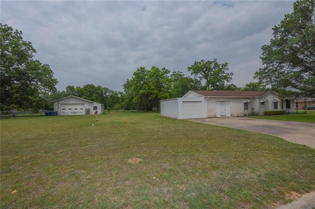 Photo of 207 Barker  Stephenville  TX