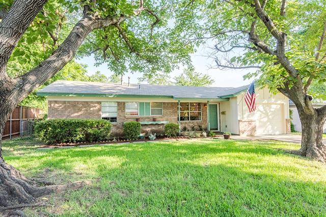 Photo of 705 W Cedar Street  Hurst  TX