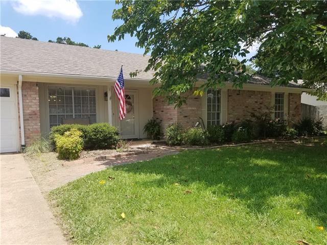 Photo of 5405 Pineridge Drive  Arlington  TX