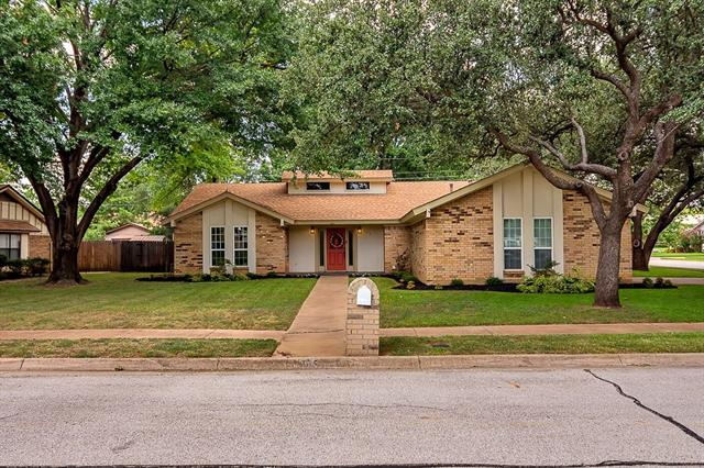 Photo of 1113 Meadowview Drive  Euless  TX