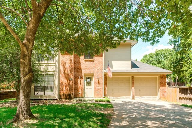 Photo of 4500 Copperfield Drive  Grapevine  TX