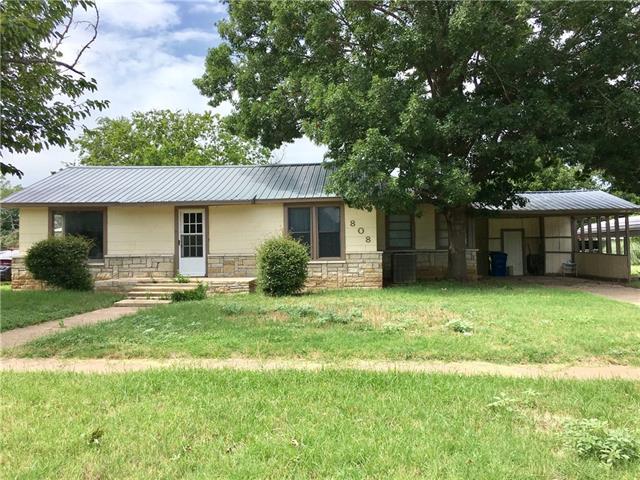 Photo of 808 W Hullum Street  Breckenridge  TX