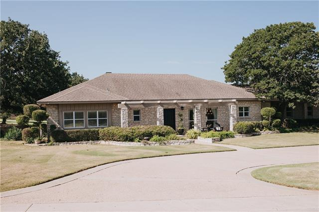 Photo of 213 Sugartree Drive  Lipan  TX