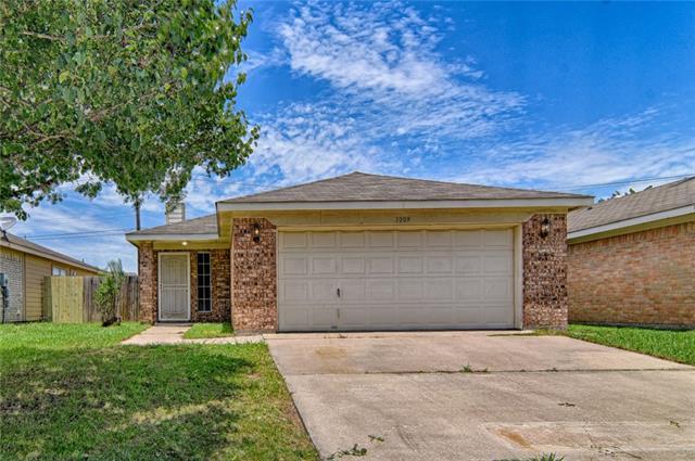 Photo of 1009 Olivewood Lane  Fort Worth  TX