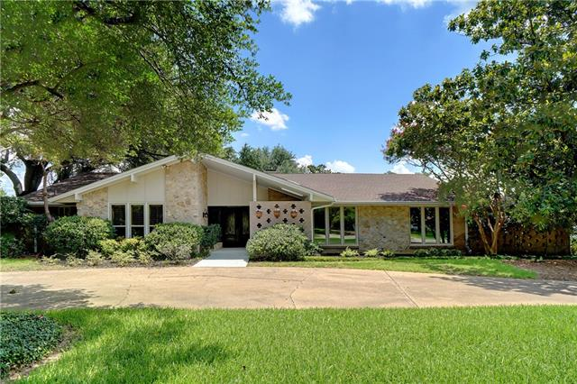 6838 Meadowcreek Drive, Addison in Dallas County, TX 75254 Home for Sale