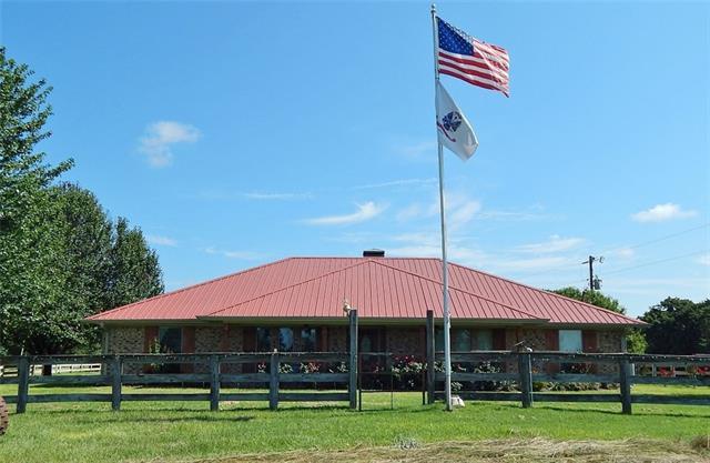 Photo of 8905 County Road 4402  Larue  TX
