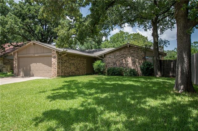 Photo of 833 Auburn Drive  Lewisville  TX