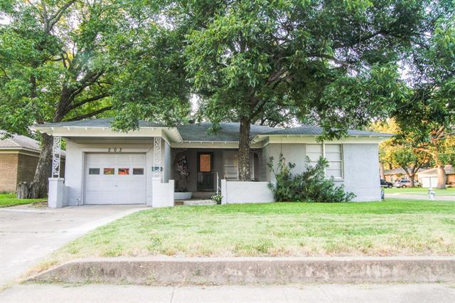 Photo of 203 W Vilbig Street  Irving  TX