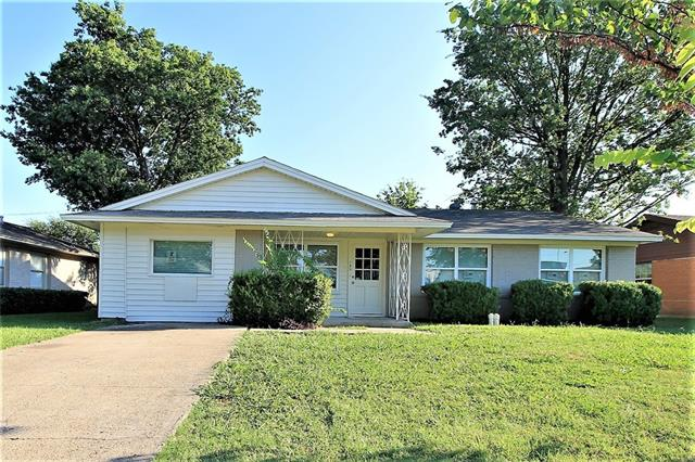 Photo of 139 W Cherry Point Drive  Dallas  TX