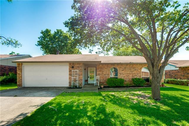 Photo of 3912 Corkwood Drive  Mesquite  TX