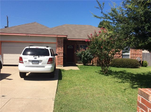 Photo of 606 Bishop Drive  Mansfield  TX