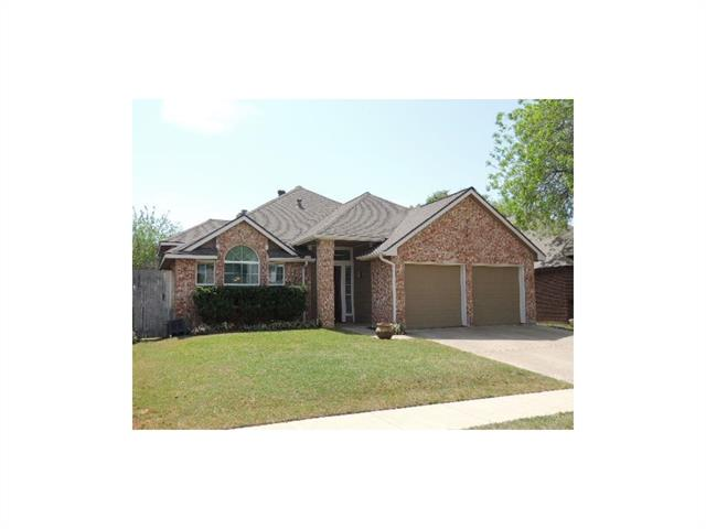 Photo of 8616 Sabinas Trail  Fort Worth  TX