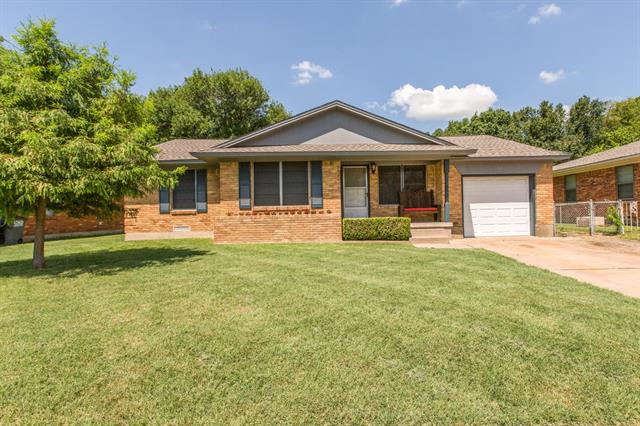 Photo of 312 Hilltop Lane  Wylie  TX
