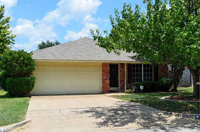 Photo of 6324 Rockhaven Drive  Fort Worth  TX