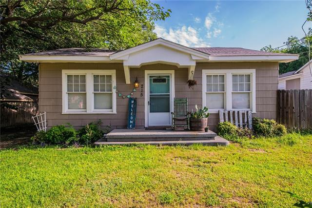 Photo of 215 E 3rd Street  Weatherford  TX