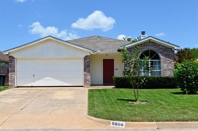 Photo of 5808 Northfield Drive  Fort Worth  TX