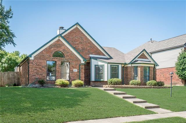 Photo of 818 Fawn Valley Drive  Allen  TX