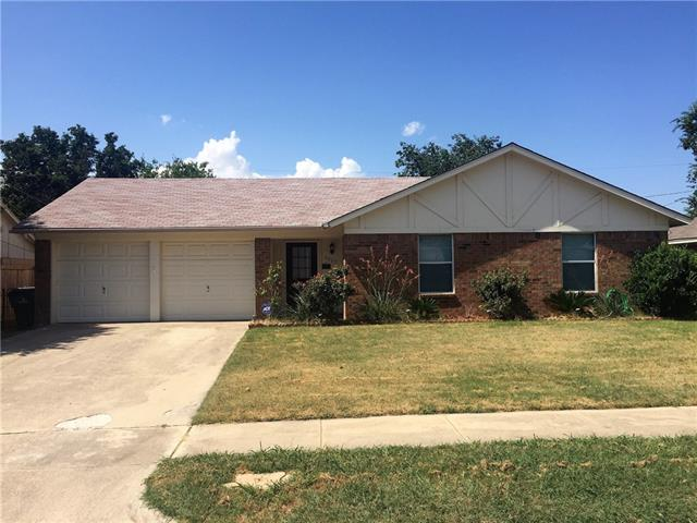 Photo of 6029 Ridgecrest Drive  Watauga  TX