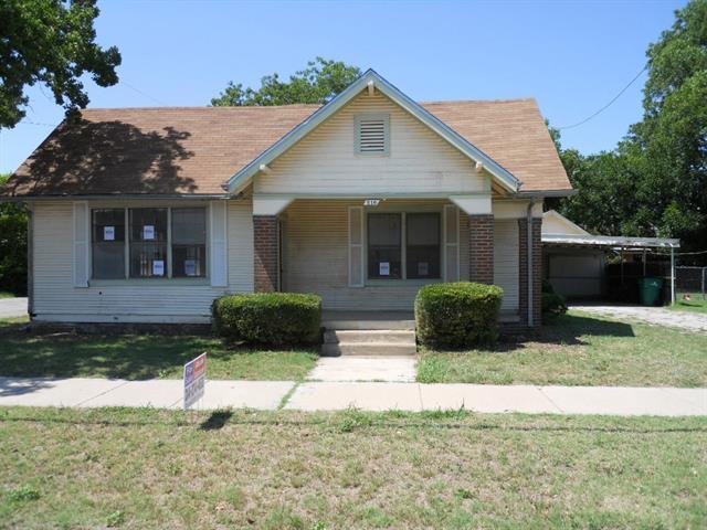 Photo of 516 W Walnut Street  Coleman  TX