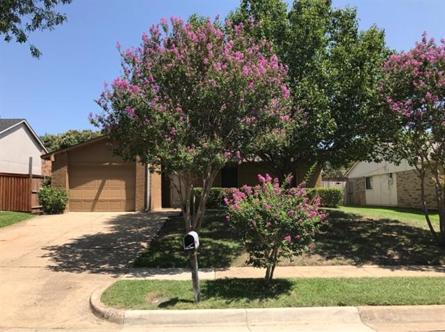 Photo of 807 Lawndale Drive  Arlington  TX