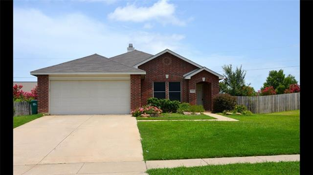 Photo of 2805 Saddle Drive  Denton  TX