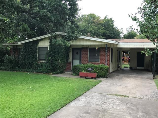 Photo of 2028 Bowie Drive  Corsicana  TX