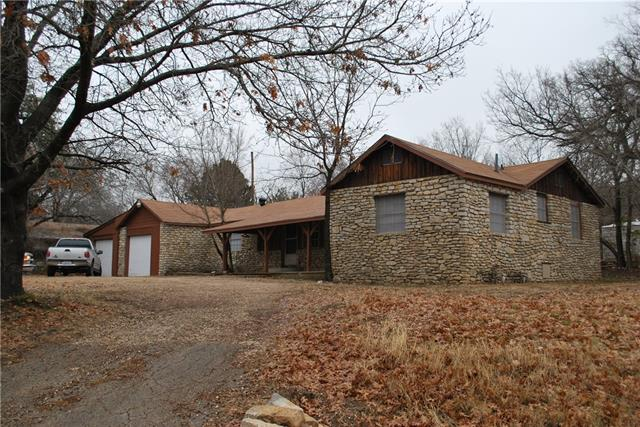 Photo of 605 2nd Street  Glen Rose  TX