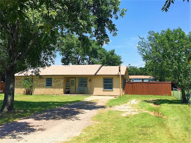 Photo of 215 Mcdaniel Street  Callisburg  TX