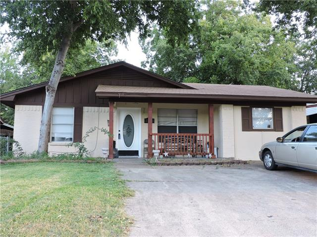 Photo of 2113 El Paso Street  Grand Prairie  TX