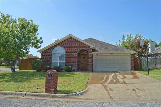 Photo of 2704 Kempton Drive  Arlington  TX
