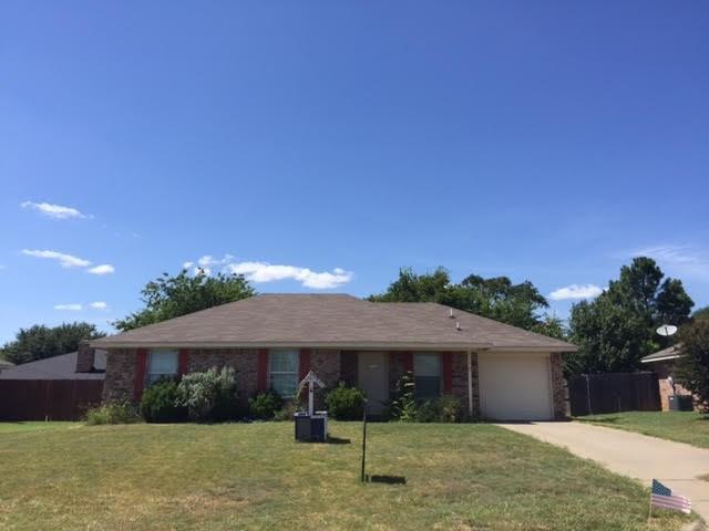 Photo of 1110 Lynnwood Court  Cleburne  TX