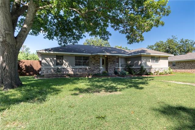Photo of 414 N Anna Drive  Allen  TX