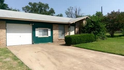 Photo of 2909 Brighton Circle  Denton  TX
