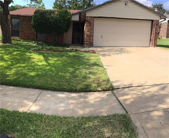 Photo of 6607 Crestfield Drive  Arlington  TX