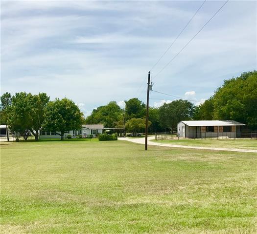 Photo of 402 Cemetery Road  Aurora  TX