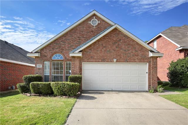 Photo of 5016 Lodgepole Lane  Fort Worth  TX