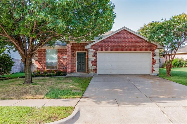 Photo of 4874 Eagle Trace Drive  Fort Worth  TX