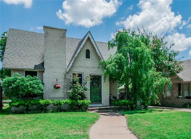 Photo of 3221 Rogers Avenue  Fort Worth  TX