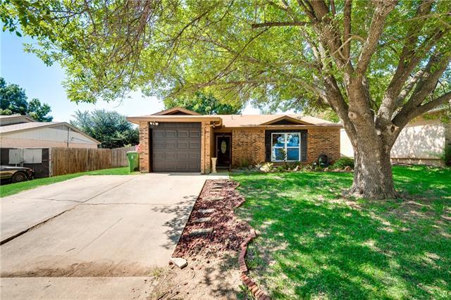 Photo of 2222 Foxcroft Lane  Arlington  TX