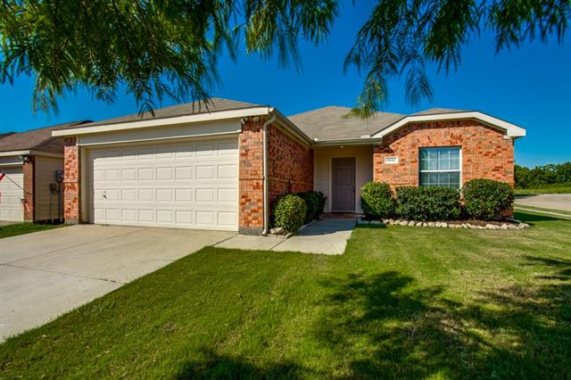 Photo of 1007 Sussex Drive  Forney  TX