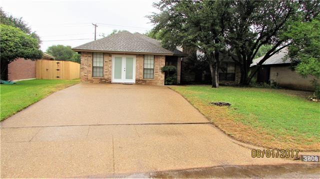 Photo of 3808 Clear Brook Circle  Fort Worth  TX