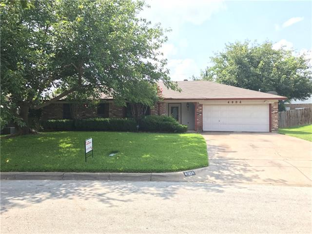 Photo of 4904 Queen Court  Fort Worth  TX