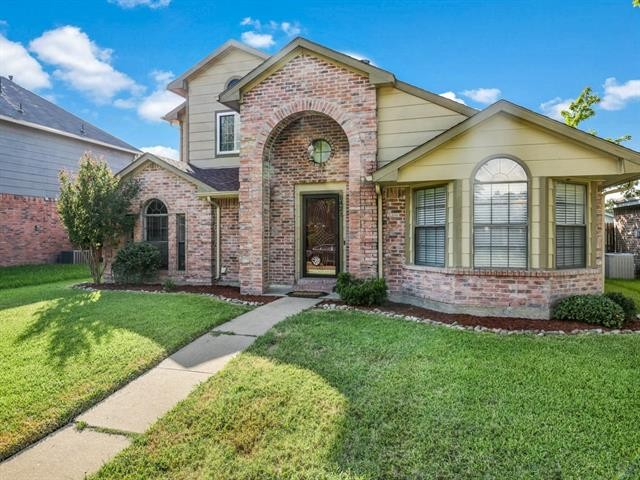 Photo of 1421 Spicewood Drive  Mesquite  TX