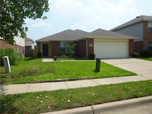 Photo of 4952 Meadow Trails Drive  Fort Worth  TX