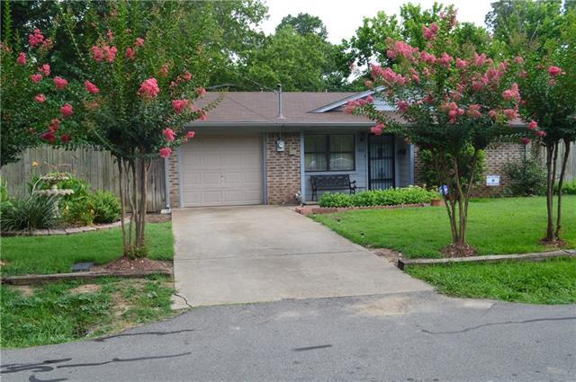 Photo of 606 E 5th Street  Bonham  TX